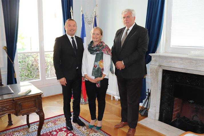 Prorektor Paneurópskej vysokej školy prof. Ľudovít Hajduk sa stretol s veľvyslancom SR Igorom Slobodníkom v Paríži.