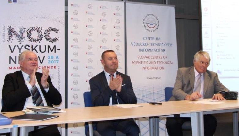 Prorektor doc. Ľudovít Hajduk otvoril cyklus Osobnosti slovenskej politiky