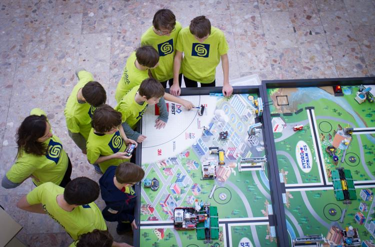 FIRST Lego League na Fakulte informatiky PEVŠ