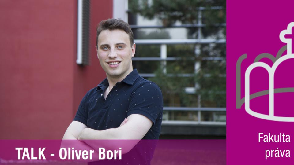""",,Na PEVŠ mám rád hodnoty, ktoré zastáva, ale tiež nestrojenosť a voľnosť.""""- študent Fakulty práva PEVŠ, Oliver Bori"""