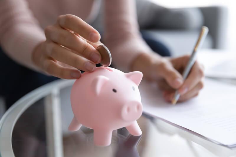 Štúdium na splátky a študentské pôžičky na PEVŠ